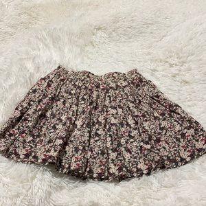 Ardene Short Pleated Floral Skirt Med